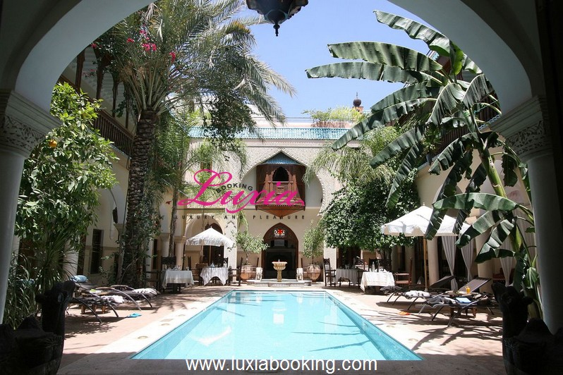 Riad demeures d 39 orient luxe spa marrakech for Riad marrakech piscine