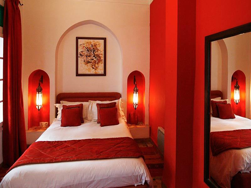Riad la maison rouge marrakech for Chambre 13 maroc