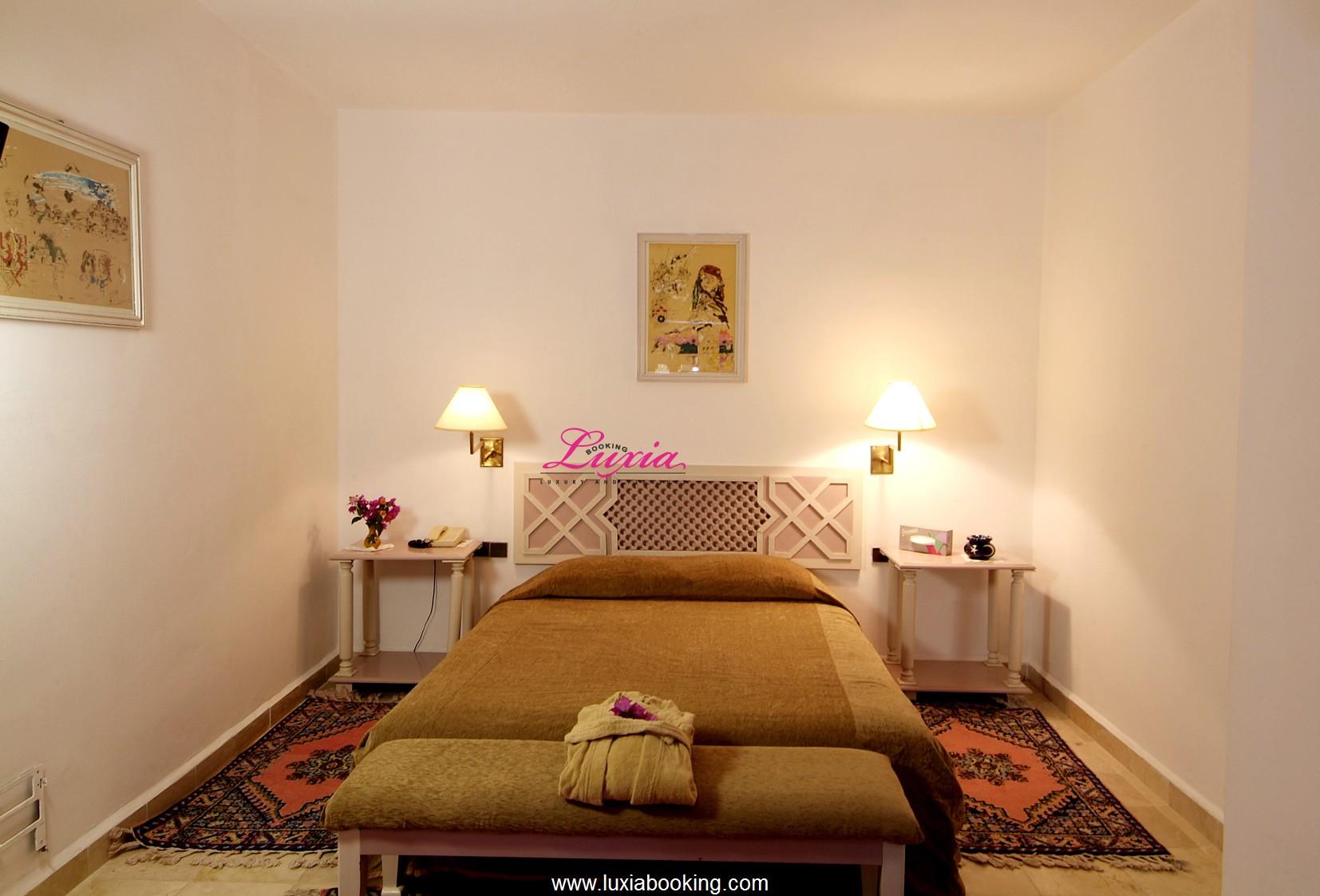 hotel riad salam erfoud erfoud. Black Bedroom Furniture Sets. Home Design Ideas
