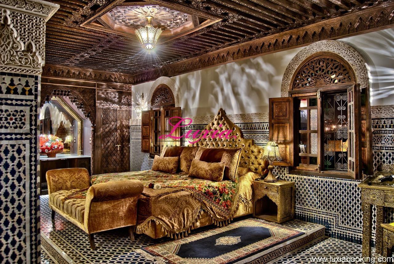 riad salam fes fes. Black Bedroom Furniture Sets. Home Design Ideas