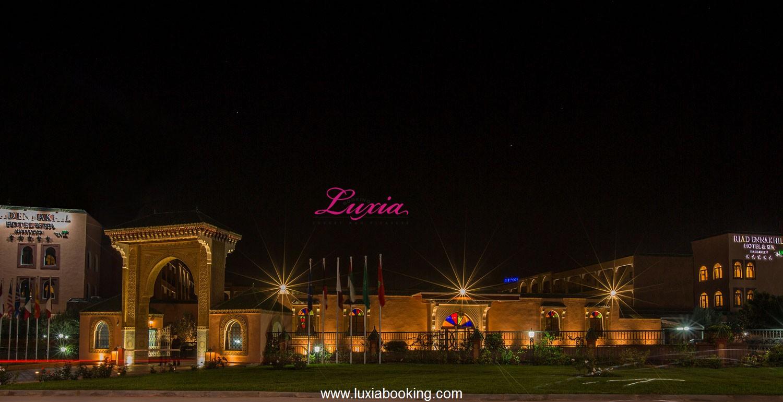 Deal hotel riad ennakhil spa marrakech deal for Hotels 5 etoiles marrakech